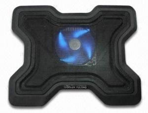 Base Refrigeración portátiles mod-878 - Base  con ventilador para portátiles  con base aluminio y carcasa de carcasa plastico para una mejor distribución del calor, conexión USB, ergonómico, reduce la temperatura del portátil y mejora la posicion de trabajo.