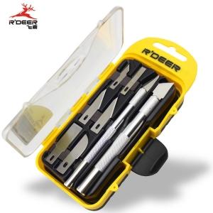 Pack bisturi con 8 cuchillas - Pack bisturi con 8 cuchillas.