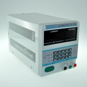 DPS-305CF  Fuente Alimentacion programable con display digital - DPS-305CF  30V-5A  Fuente Alimentacion programable con display digital, con 10 memorias