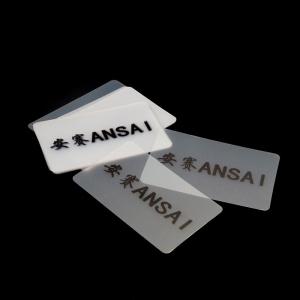 Tarjetas finas de plastico - Tarjeta de plastico tamaño tarjeta de credito.