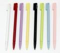 Nintendo DS Stylus PUNTERO 1 unidad - Nintendo Stylus Pen  1 punteros de recambio para tu Nintendo Ds. Colores disponibles : blanco y negro